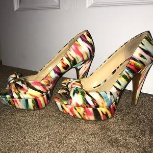 Multi colored Gianni Bini heel